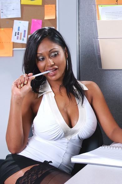 Priya Rai - Bio